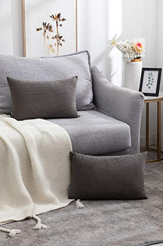 Nanhiking Juego de 2 fundas de cojín decorativas de pana gris oscuro, 30 x 50 cm, suaves cojines decorativos para sofá, dormitorio, coche, salón al aire libre (gris, 30 x 50 cm)