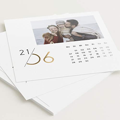 sendmoments Fotokalender 2021 mit Veredelung in Gold, Jahreskalender, Kalender für Digitale Fotos, Tischkalender mit persönlichen Bildern, quadratisch 145x145