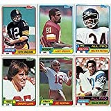 1981 Topps Football Complete Near Mint to Mint Set Featuring Joe Montana's Rookie Card, Art Monk, Kellen Winslow, Dwight Clark, Dan Hampton, Mark Gastineau, ... rookie card picture