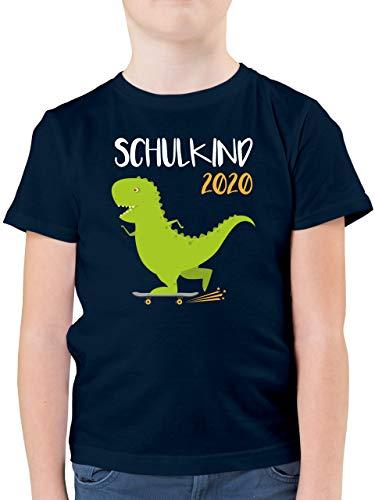 Einschulung und Schulanfang - Schulkind 2020 - Dino mit Skateboard - 128 (7/8 Jahre) - Dunkelblau - Geschenke für Jungen 8 Jahre - F130K - Kinder Tshirts und T-Shirt für Jungen
