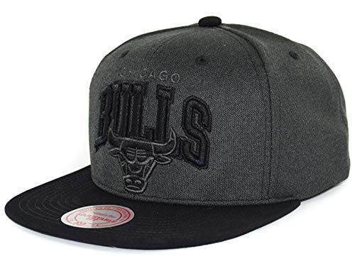 Mitchell & Ness NBA Flat Visor Snapback - Resist 3D Arch - Chicago Bulls, Grey/Black