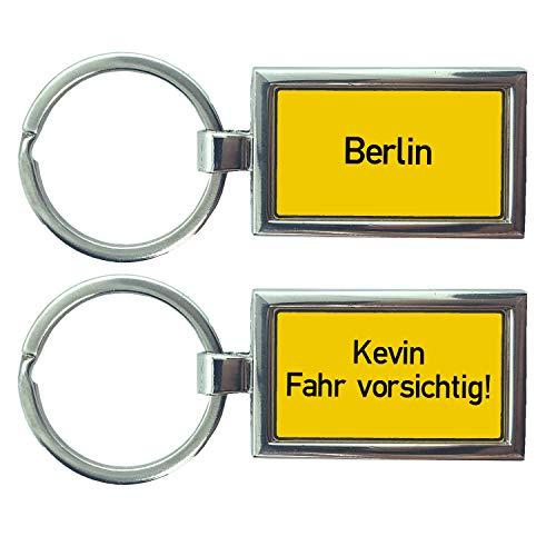 B4P Schlüsselanhänger Ortstafel Ortsschild Kennzeichen Nummernschild Auto KFZ Individuell als Geschenk Für Autoliebhaber Autofans Männer Mini mit Namen personalisiert