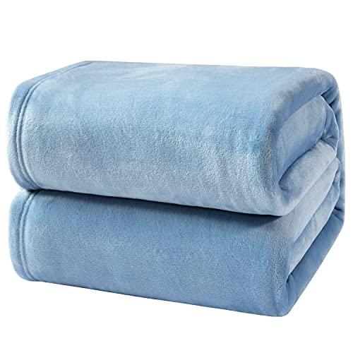 Bedsure Kuscheldecke Hellblau kleine Decke Sofa, weiche& warme Fleecedecke als Sofadecke/Couchdecke, kuschel Wohndecken Kuscheldecken, 130x150 cm extra flaushig und plüsch Sofaüberwurf Decke