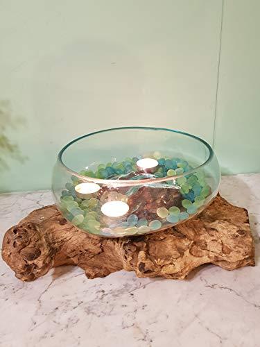 Schaal/Glas op stronk L, 4 liter, Houten stronk met handgeblazen glazen vaas. Deze vaas past precies op de houten stronk waardoor ieder exemplaar uniek is. Glas is geblazen van gerecycled glas waardoor oneffenheden kunnen voorkomen.