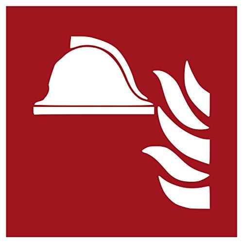F004 Brandschutzaufkleber Mittel und Geräte zur Brandbekämpfung   Nachleuchtend nach DIN 67510 in grün   Selbstklebend Folie für Betriebe, Produktion & Kliniken   150 x 150 mm   PlottFactory