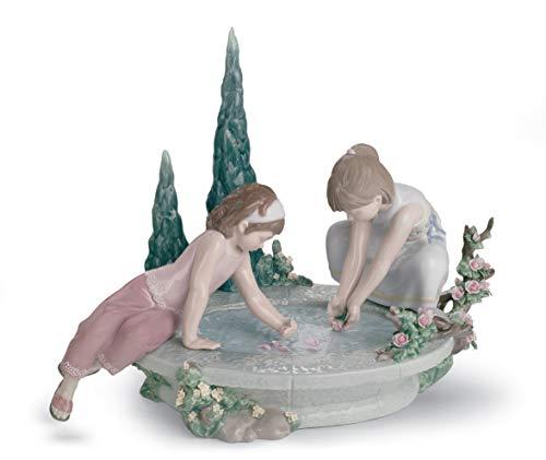 LLADRÓ Figura Niños Manantial De Los Pétalos. Figura Niños de Porcelana.