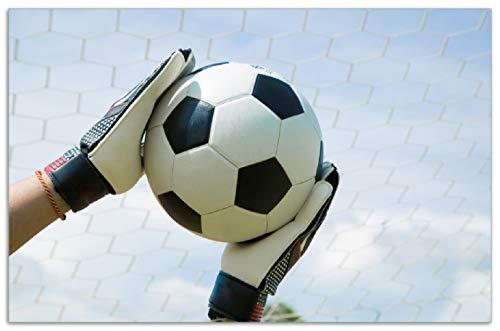 Wallario Herdabdeckplatte/Spritzschutz aus Glas, 1-teilig, 80x52cm, für Ceran- und Induktionsherde, Motiv Fußball - Torwart im Tor vor blauem Himmel