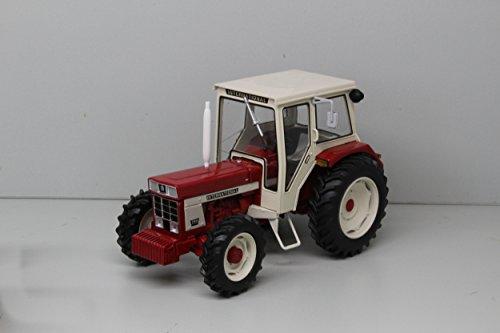 International 744 (4x4) mit Frontgewicht Modell von Replicagri 1:32