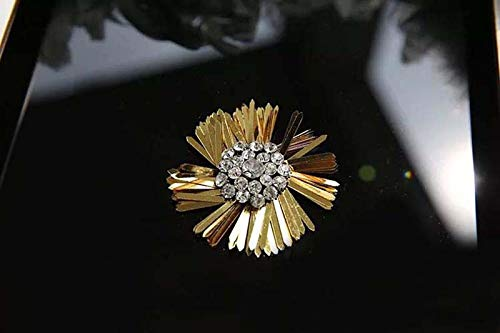 DIY Hand Sewing Technology for Flower-Shaped Diamond Embroidery Sequins Clothing Decoration Fittings(Color2:Golden)