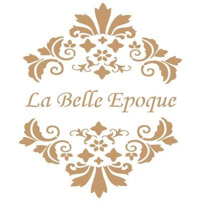 TODO-STENCIL Deco Vintage Composición 033 Belle Epoque. Medidas aproximadas: Medida Exterior 20 x 20 cm Medida del diseño:14,5 x 17,4 cm
