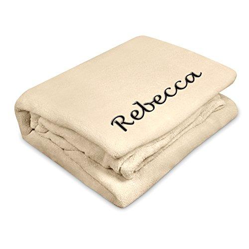 Kuscheldecke mit Namen Rebecca bestickt - Farbe Wollweiß - personalisierte Decke, Wolldecke