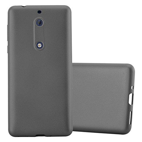 Preisvergleich Produktbild Cadorabo Hülle für Nokia 5 2017 - Hülle in METALLIC GRAU Handyhülle aus TPU Silikon im Matt Metallic Design - Silikonhülle Schutzhülle Ultra Slim Soft Back Cover Case Bumper