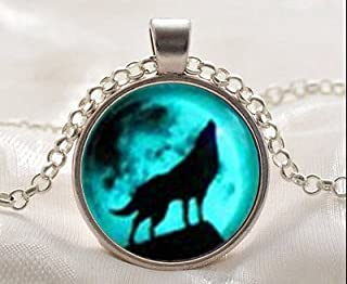Best glow in the dark wolf necklace Reviews