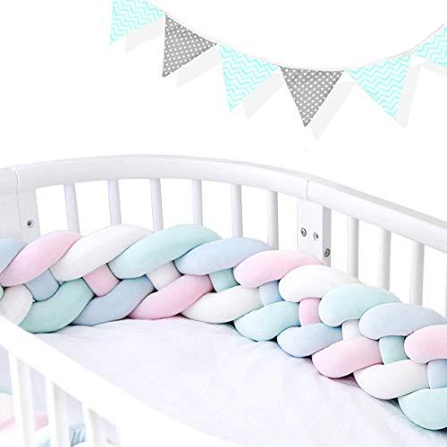 AngelaKerry 220cm Baby 4 Weben Babybett Bettumrandung Nestchen Stoßstang Kantenschutz Kopfschutz für Kinderbett Bettumfang (Weiß+Rosa+Blau+Grün Mit Wimpelkette)