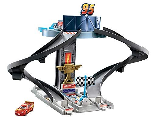 Disney Pixar Cars Rust-Eze Racing Tower Race Track Toy with Training Areas, Spiral Track, Lightning McQueen Vehicle for Movie Story and Competition Play, Kids Race Set Birthday Gift Ages 4 and Older