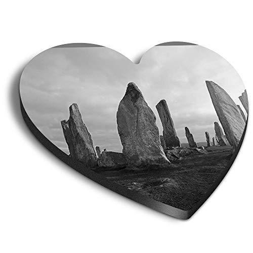 Destination Vinyl ltd Imanes de MDF de corazón – BW – Piedras Neolíticas Isla de Lewis Escocia para oficina, armario y pizarra blanca, pegatinas magnéticas 36634