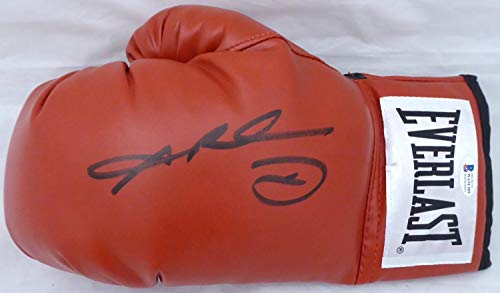 Authentic Autographed Sugar Ray Leonard Red Everlast Boxing Glove LH Beckett BAS Stock #177559