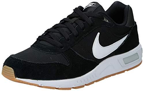 Nike Nightgazer, Zapatillas para Hombre, Negro (Black/White), 45 EU