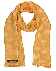 Large viscose material scarf Wear it around the neck to keep the chill out.
