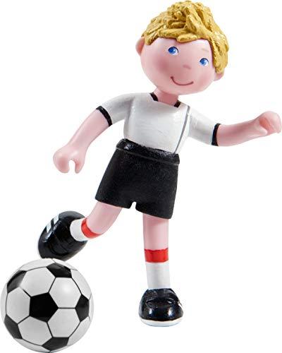 HABA 303887 - Little Friends – Mario | Sportliche Minipuppe ab 3 Jahren | Mit Fußball | Strapazierfähige Biegepuppe aus Kunststoff für lange Spielfreude