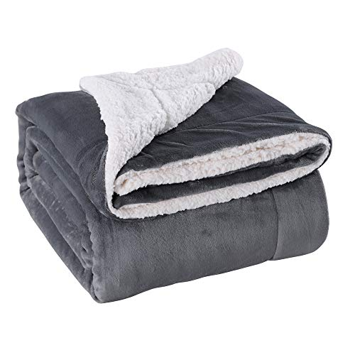VOTOWN HOME Sherpa Decke Dunkel Grau weich Kuscheldecke 150x200 cm, Doppelschicht warm flaushig Fleecedecke als Wohndecke/Sofadecke, Flanell Mikrofaser-Flausch Decke für Bett oder Couch