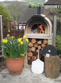 VITCAS Traditional Outdoor Wood Fired Pizza Oven Casa
