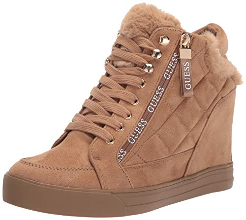 GUESS Women's Dayli Sneaker, Natural, 9.5