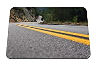 22cmx18cm マウスパッド (道路標示線黄色のアスファルトターン) パターンカスタムの マウスパッド