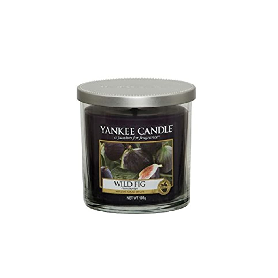 いうスパイいうYankee Candles Small Pillar Candle - Wild Fig (Pack of 2) - ヤンキーキャンドルの小さな柱キャンドル - 野生のイチジク (x2) [並行輸入品]