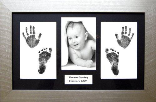 Anika-Baby Kit de moulage empreintes de mains et de pieds de bébé Cadre argenté/passe-partout noir 36,8 x 21,6 cm
