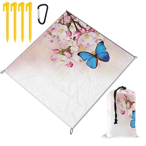VORMOR Faltbare Picknickdecke 145x150cm,Blauer Schmetterling auf Frühlingskirschblüten japanische Blume weiße rosa Obstgarten-Natur,Stranddecken im Freien wasserdichte Matte für Wandern,Camping