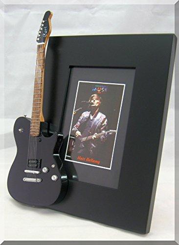 Matt Bellamy - Marco de fotos para guitarra en miniatura Mason MUSE 2 CORT