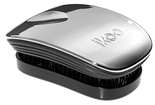 Ergonomische ikoo pocket oyster metallic Haarbürste für Reisen oder Unterwegs mit einem schwarzen TCM-Borstenpanel für ein tägliche Wellness Erlebnis