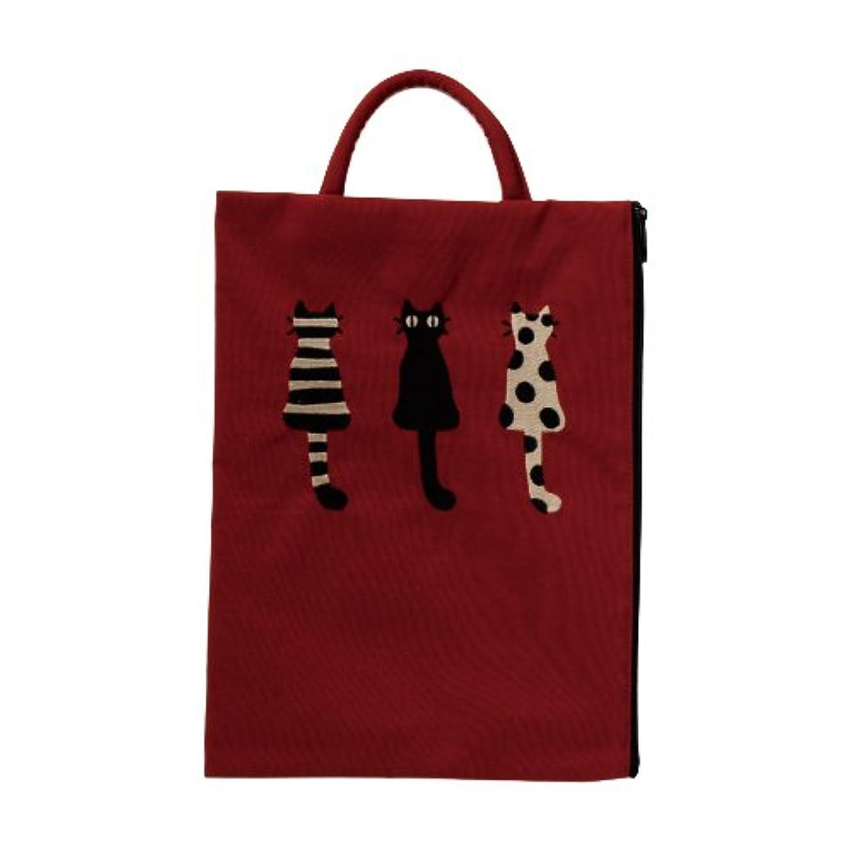 ヘルメットアミューズメント差【 アツコ マタノ 】 仲良し猫 刺繍フラット ポーチ レッド