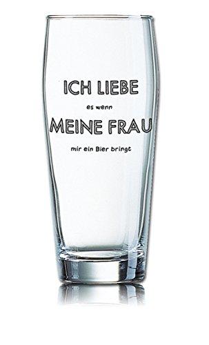 PorcelainSite Geschenkideen GmbH Lustiges Bierglas Willibecher 0,5L - Dekor: ICH Liebe es wenn Meine Frau Mir EIN Bier bringt