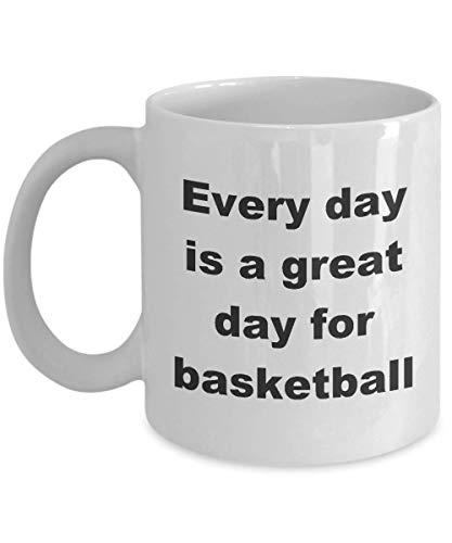 N\A Coaching Basketball Geschenke Coach Jugend Mädchen Tasse Kaffeetasse Zubehör Ausrüstung Kinder Cool Funny Apparel Gear Jeder Tag ist großartig
