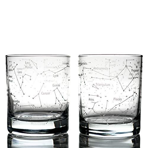 Greenline Goods Whiskygläser Northern Summer Sky & Constellations (2er-Set) Geätztes 10-Unzen-Becher-Geschenkset - Old Fashioned Rocks Wisky Glass