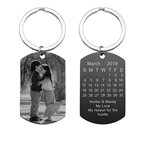 Zysta Personalized Text & Fotogravur - Edelstahl Dog Tag Schlüsselanhänger Erkennungsmarke ID Tag Gravurplatte Keychain Schlüsselbund für Personalisierte Geschenke (Mit- Kalender & Text & Fotogravur)