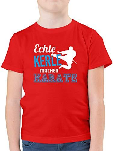 Sport Kind - Echte Kerle Machen Karate - 140 (9/11 Jahre) - Rot - Karate t Shirt Jungen - F130K - Kinder Tshirts und T-Shirt für Jungen