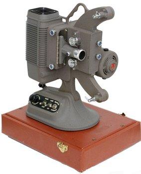 DeJur 8MM Movie Projector