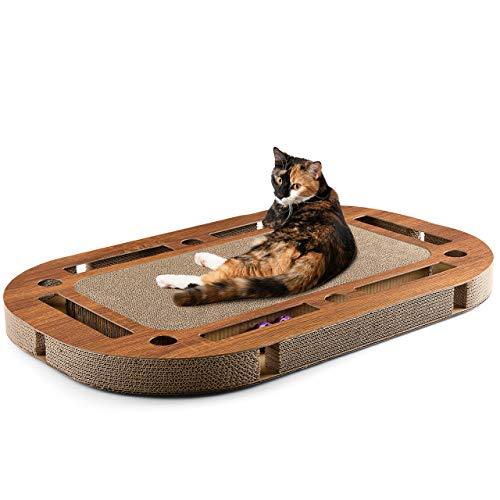 CanadianCat Company ® | Katzenspielplatz XXL 85 x 54 x 5,8 cm mit integrierter Kratzpappe, interaktives Katzenspielzeug Kratzbrett in Holzoptik Kratzkarton