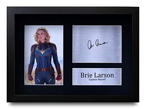 HWC Trading Brie Larson A4 Enmarcado Regalo De Visualización De Fotos De Impresión De Imagen Impresa Autógrafo Firmado por Captain Marvel The Avengers Los Aficionados Al Cine
