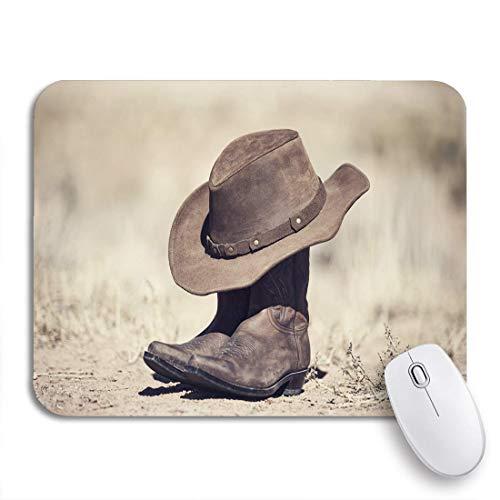COFEIYISI Mauspad,Office Mauspad(240 * 200mm),Braune Cowboystiefel und Hut alte Verarbeitungslandlandschaft,Rutschfeste Mousepad Matte für PC