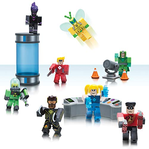 Roblox Heroes of Robloxia Action Figures and Playset