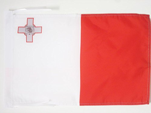 AZ FLAG Flagge Malta 45x30cm mit Kordel - Republik Malta Fahne 30 x 45 cm - flaggen Top Qualität