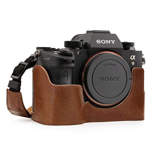MegaGear - MG1244 Para Sony Alpha A7R III, A9, A7 III Estuche Ever Ready, Media funda, estuche de base, funda de pronto uso de cuero auténtico, con correa - Marrón