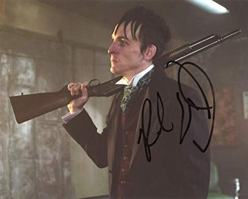 ROBIN LORD TAYLOR - Gotham AUTOGRAPH Signed 8x10 Photo C