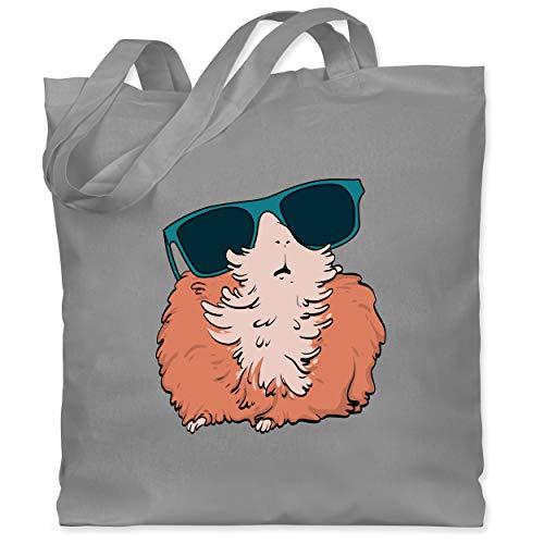 Shirtracer Tiere Meerschweinchen Hase & Co. - Meerschweinchen mit Sonnenbrille - Unisize - Hellgrau - meerschweinchen stoff - WM101 - Stoffbeutel aus Baumwolle Jutebeutel lange Henkel