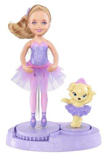 Barbie X8818 - Mini Muñeca - Chelsea con mascota perro (vestido de...