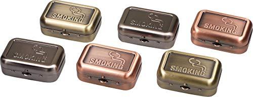 yaoviz Taschenascher Smoking Metall eckig antik Look 60 x 40 x 21mm mit Zigarettenablage Glutkiller Taschenaschenbecher Aschenbecher inkl. Rasta-Button (Silber)